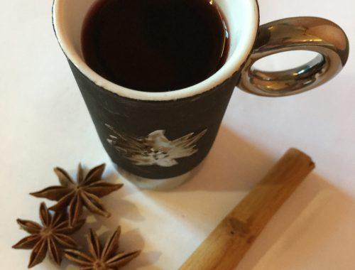 Vin brulè con anice stellata e cannella