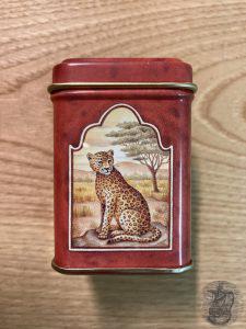 contenitore per tè in metallo